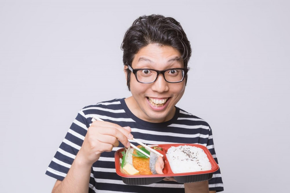 コンビニの美味しいハンバーグ弁当を添加物使ってケミカルクッキング(^^♪(動画)